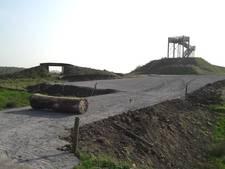 Vanaf de dijk in Zaltbommel straks zó het mountainbikeparcours op