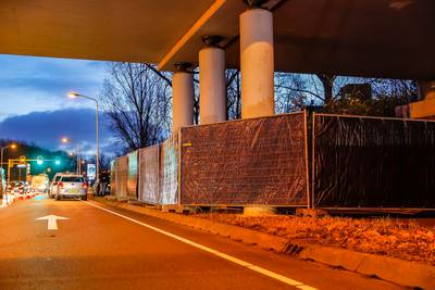 Dode vrouw gevonden onder viaduct in Breda