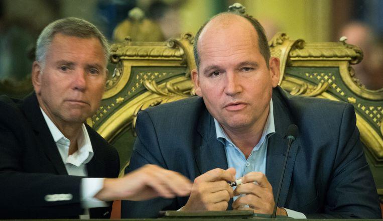 MR-schepen Alain Courtois (l.) en Brussels PS-burgemeester Philippe Close. Blijft er na zondag een PS-MR-meerderheid aan de macht in Brussel-stad?
