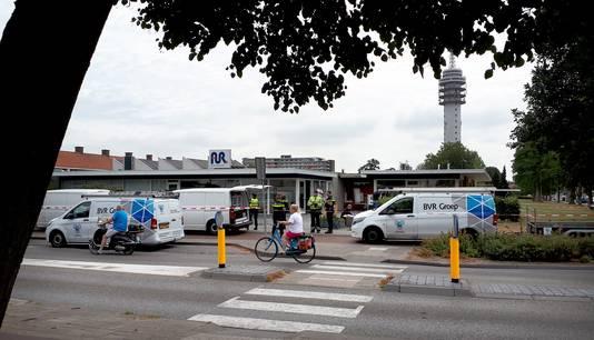 Schade bij de plofkraak op de pinautomaat aan de President Kennedylaan in Roosendaal is groot.