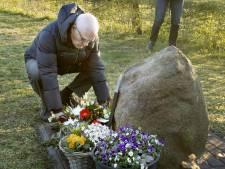 Sobere herdenking bij Fostermonument in Neede