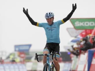 Ion Izagirre klimt naar zege in zesde rit Vuelta, Carapaz neemt rode trui over van Roglic