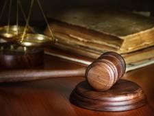 Werkstraf geëist tegen schuldbewuste Haaksbergenaar (48) die scootmobieler ziekenhuis in reed