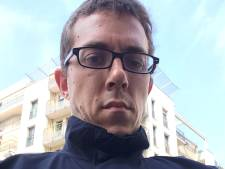 Un journaliste infiltre la police française pour écrire sur ses grands tabous
