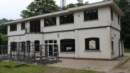 Pop-up Chalet Heldenpark moet op 1 augustus openen (en blijft open tot eind september of eind oktober)