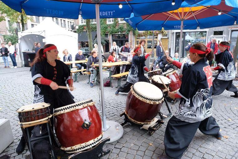 Japanse drums op het sakefestival