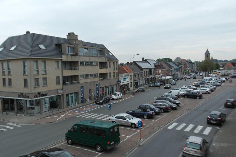 De markt van Sint-Lievens-Houtem: misschien niet de mooiste, wel de tweede grootste.