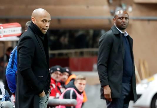 Thierry Henry (links) en Patrick Vieira.