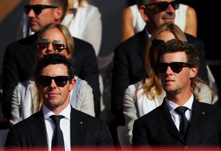 McIlroy (links) naast Thomas Pieters.