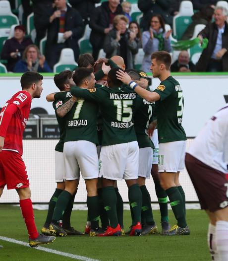 Weghorst helpt Wolfsburg voorbij Mainz, Leipzig langs Stuttgart