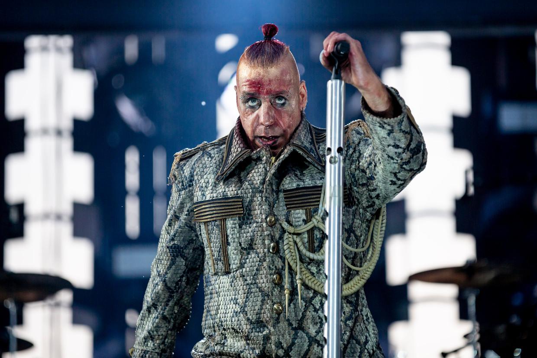 Till Lindeman van Rammstein bij een eerder concert van deze tournee, eerder deze maand in Berlijn.
