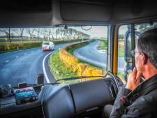 Vrachtwagenchauffeur trekt zich niets aan van dichte Heinenoordtunnel