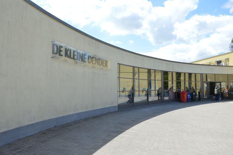 Zwembad De Kleine Dender in Ninove.