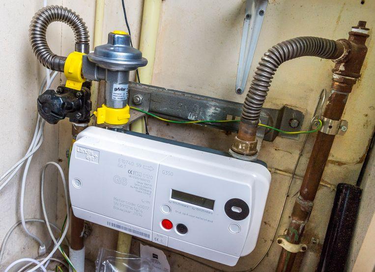 Een slimme gasmeter. Netbeheerders zijn al een aantal jaren bezig om de analoge energiemeters te vervangen door digitale versies. Beeld ANP