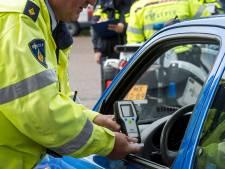 Dronken bestuurder moet rijbewijs binnen één dag alweer inleveren