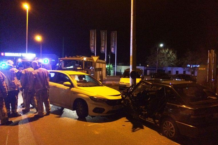 Door het ongeval was de Galgestraat twee uur afgesloten voor het verkeer.
