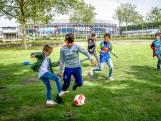 Sportclubs hebben last van kinderen: 'Ze knippen het hek open om te voetballen'