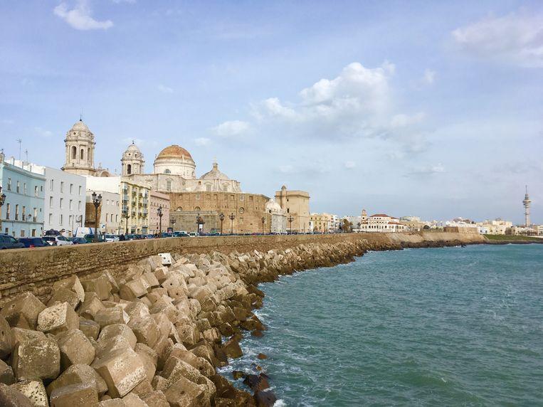 De boulevard van Cádiz. Beeld Karin Luiten