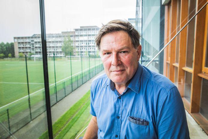 Marc Verhoeyen zette na dertig jaar als zelfstandig loodgieter de stap naar een job in het onderwijs. Hij geeft les op het KTA MoBi.