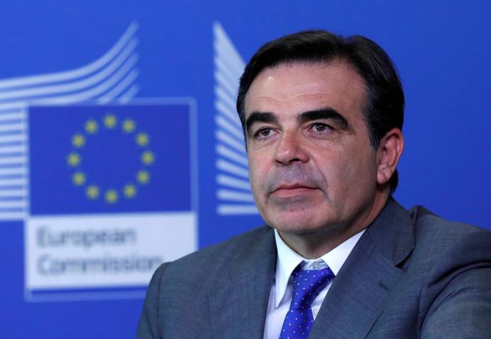 """Margaritis Schinas, membre du parti grec conservateur Nouvelle Démocratie et en charge donc de la """"Protection du mode de vie européen""""."""
