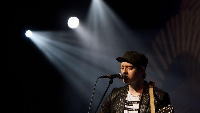 Tjeerd Bomhof (foto) speelt met zijn band Dazzled Kid op het Amsterdamse Bevrijdingsfestival. Foto ANP Beeld