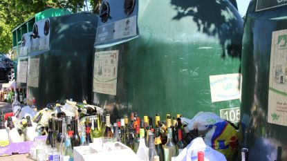 Glasbollen in Oudenaarde weer overvol: geen plaats voor extra veel flessen van communiefeesten