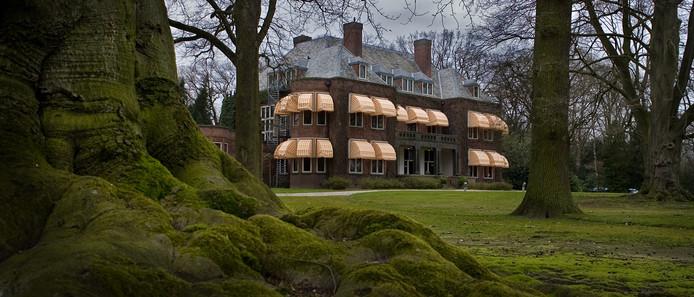 Het park van Landgoed Huize Bergen in Vught verdient volgens de monumentencommissie een monumentale status.