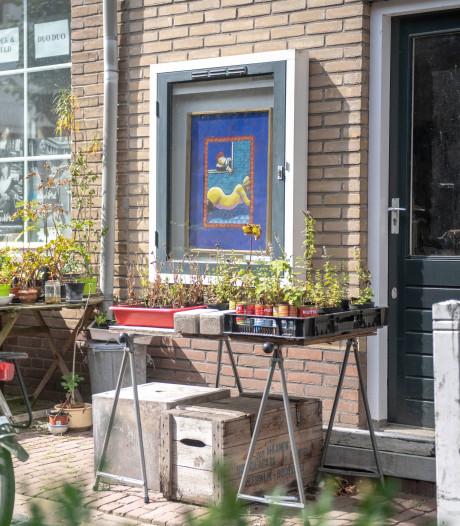 Kunstenaar Jacques Tange exposeert dag en nacht in Groede