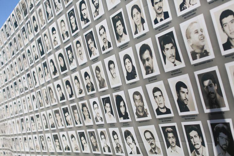 Slachtoffers van de massamoord uit 1988.  Beeld NurPhoto via Getty Images