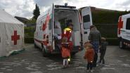 Rode Kruis verkoopt stickers voor nieuwe ziekenwagen