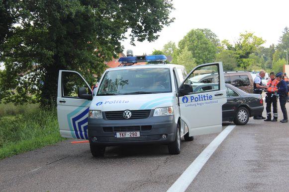 De politie hield donderdagavond een grootschalige controle op de N74