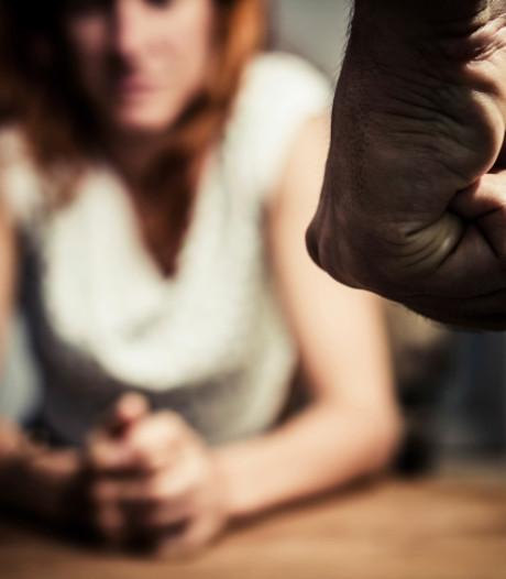 17 meldingen van huiselijk geweld in 5 dagen tijd in Almelo