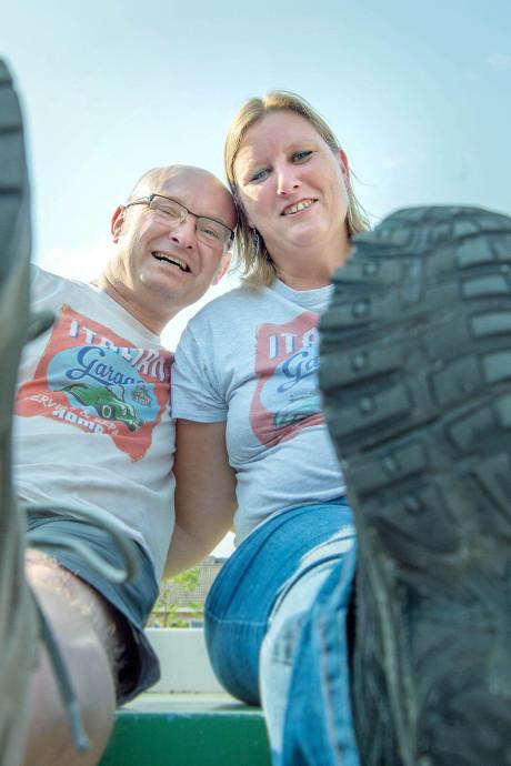 Linda en Paul uit Grave trouwen tijdens de Vierdaagse: 'Pak en jurk zijn voor de volgende dag'