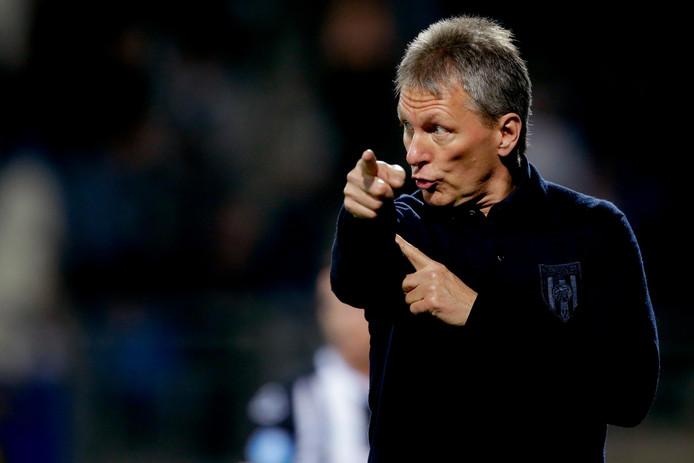 Trainer Frank Wormuth is met Heracles bezig aan een opmerkelijk seizoen.