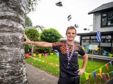 Nijverdalse kilometervreter Niek Dijkstra loopt Elfstedentocht in 19 uur: 'Eigenlijk te bizar voor woorden'
