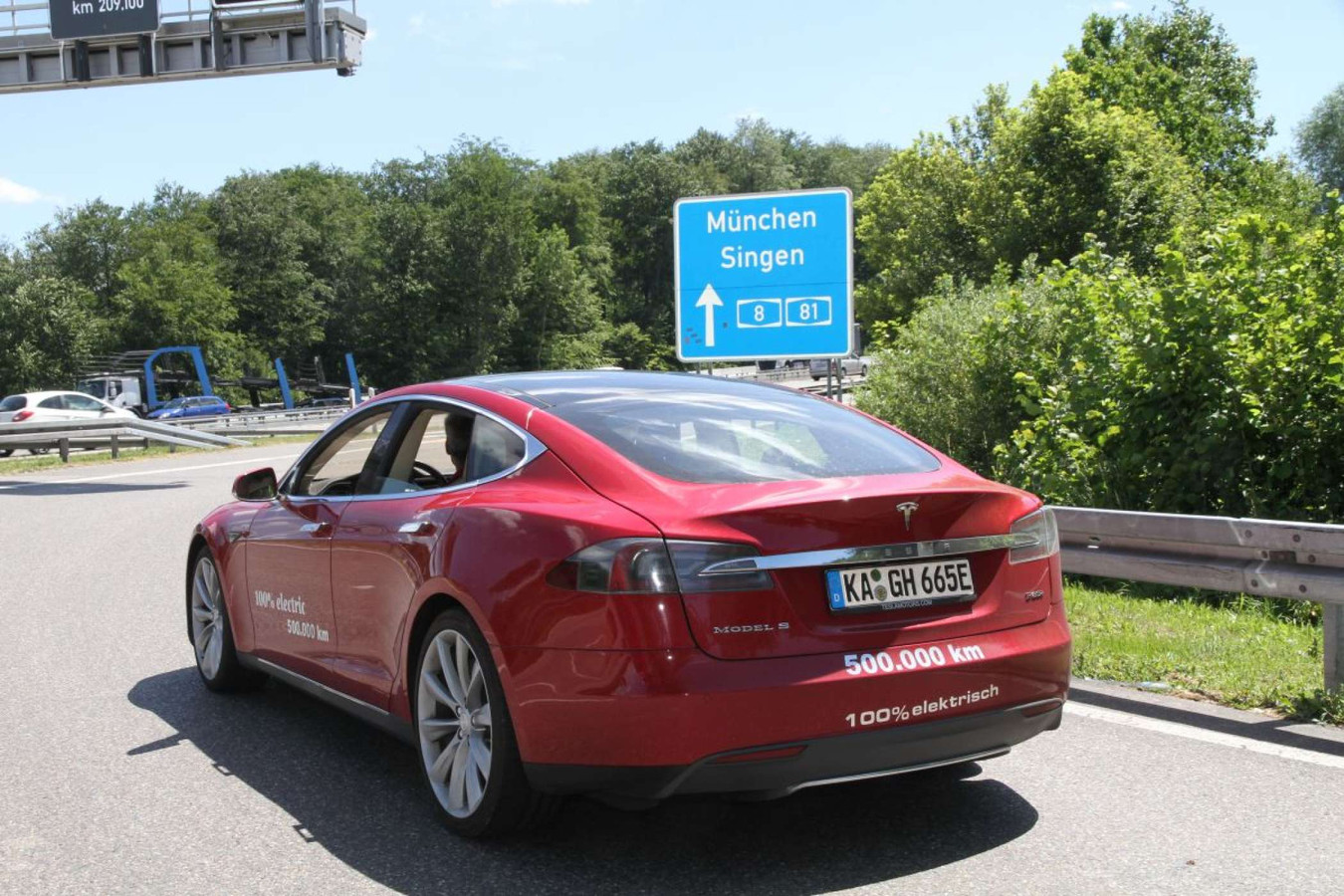 De Tesla van recordhouder Hansjörg Gemmingen.