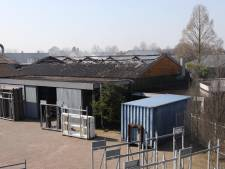Loods timmerfabriek Heeswijk-Dinther in vlammen op