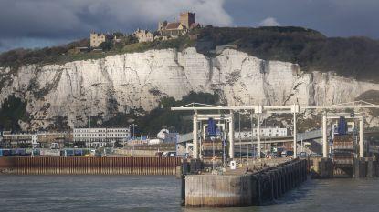 Elf migranten gered voor kust van Calais