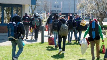 """Opvangcentrum Haren vraagt meer opvangcapaciteit na vandalisme: """"Er is veel hypocrisie bij federale regering"""""""
