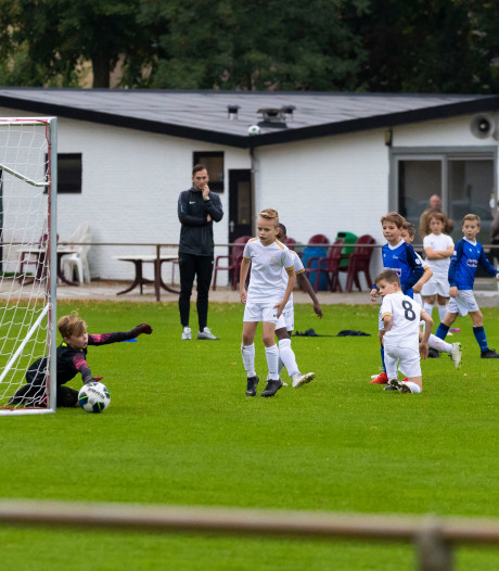 The White Boys sleept Hutten voor de rechter: 'Hij wil de club kapot maken'