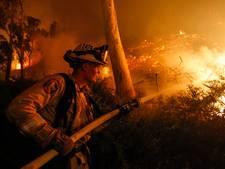 Miljoen mensen in gevarenzone oprukkende vuurzee in Californië