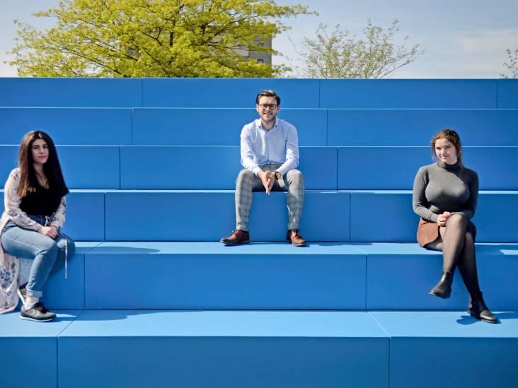 Drie jonge UT-onderzoekers over hun motivatie om ouderen te helpen: 'Wilde de dwarslaesie van mijn oma oplossen'
