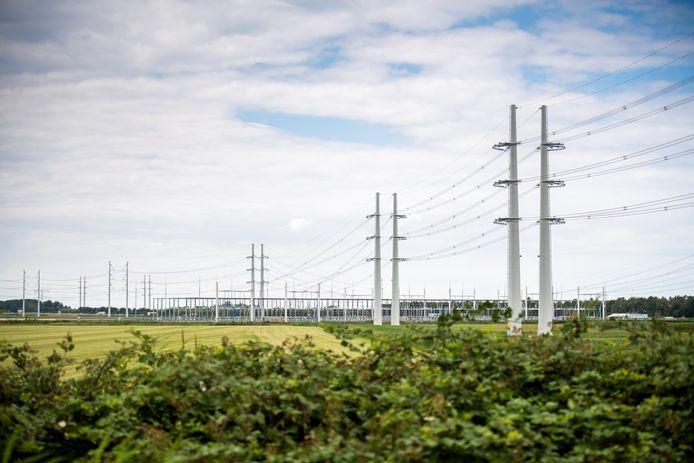 Zeeuws-Vlaanderen moet aanhaken op het 380 kV-netwerk dat bij Rilland de provincie binnenkomt.