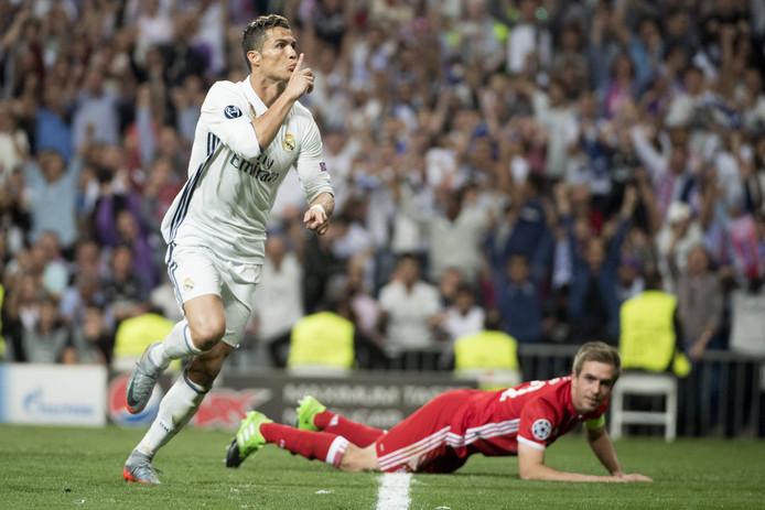 De enige baas van de Club van 100! Cristiano Ronaldo heeft gescoord tegen Bayern München.
