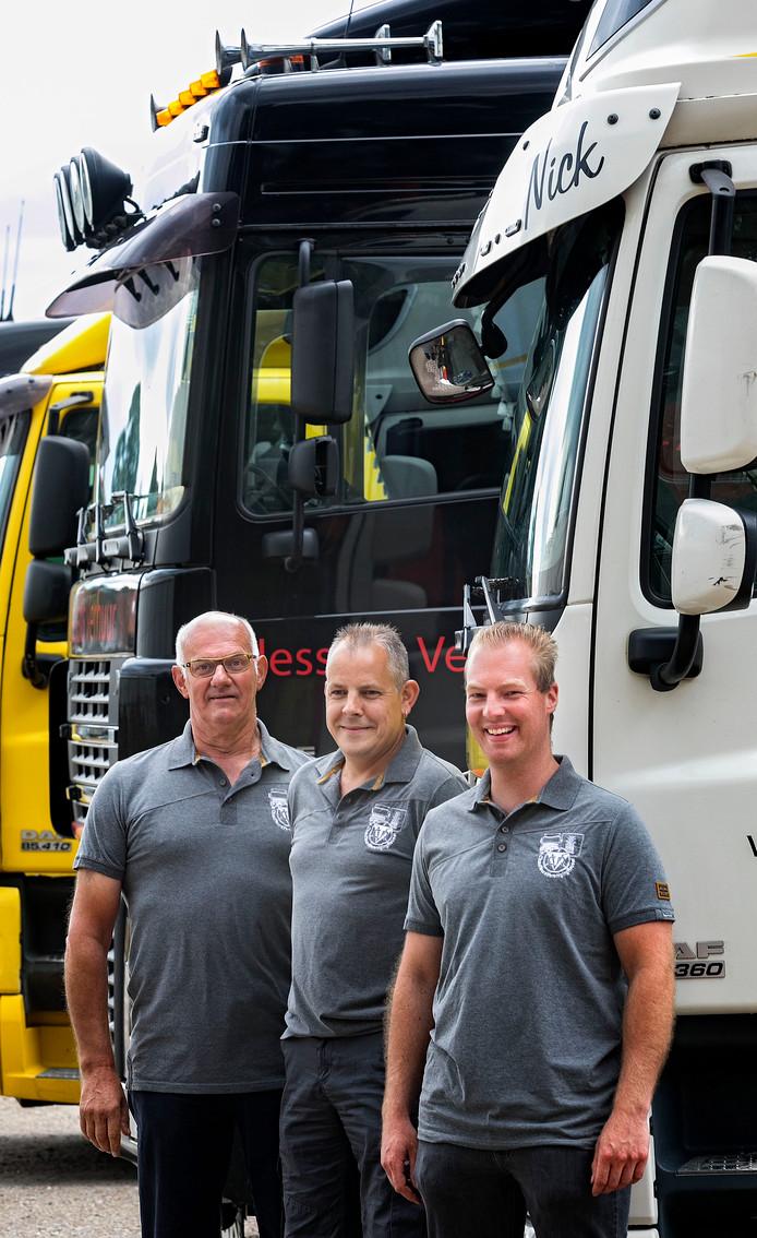 Peer Thijssen, Martijn Geraerts en Sjoerd van der Linden (vlnr) van chauffeursvereniging Reusel-De Mierden.