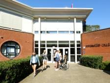 Opnieuw coronabesmettingen bij Dorenweerd College; vwo-klassen blijven dag extra thuis