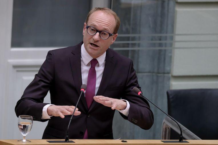 Volgens minister van Dierenwelzijn Ben Weyts (N-VA) voeren de activisten een achterhaalde strijd.