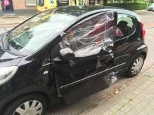 Persoon uit auto geknipt na ongeluk in Almelo