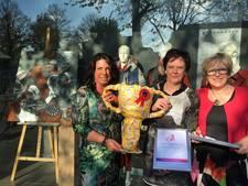 Tasche Mode heeft beste match tijdens Kunst in de Etalage in Oldenzaal