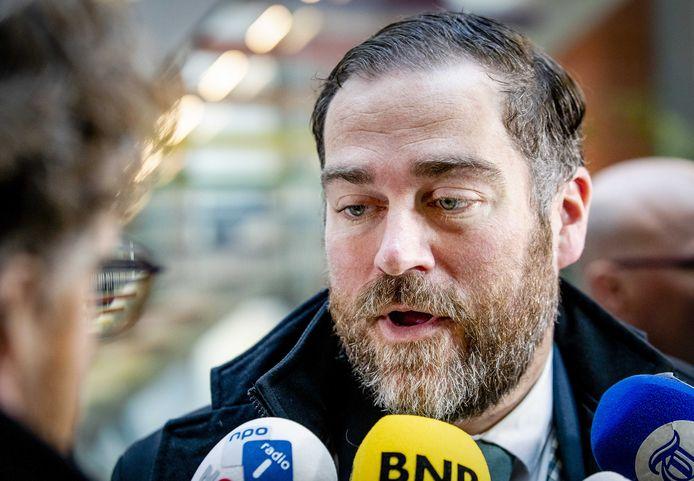 2019-11-12 13:39:08 DEN HAAG - Klaas Dijkhoff (VVD) vertrekt bij het ministerie van Volksgezondheid, Welzijn en Sport na de voortzetting van het stikstofoverleg. ANP SEM VAN DER WAL